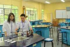 Junior-High-School-Science-Laboratory2